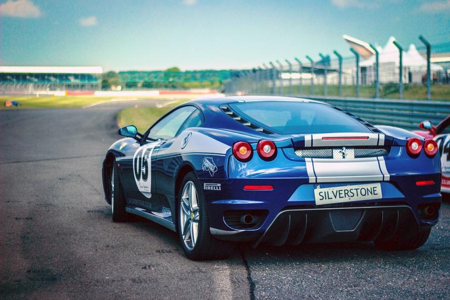 car-race-ferrari-racing-car-pirelli-50704-large